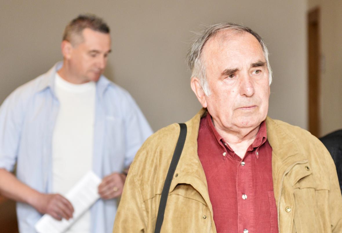 Václav Perk před soudem