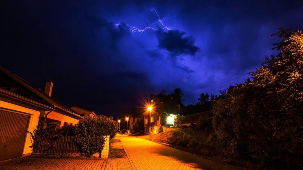 Půlnoční bouřka v Krušných horách