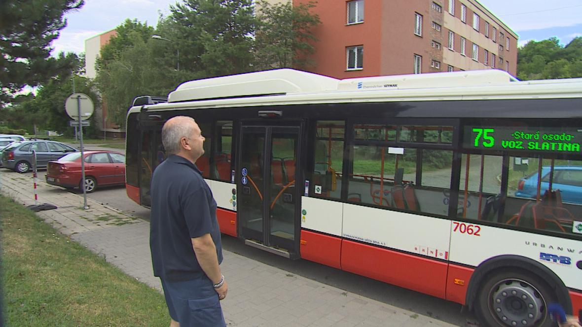 Brno zkouší klimatizovaný autobus
