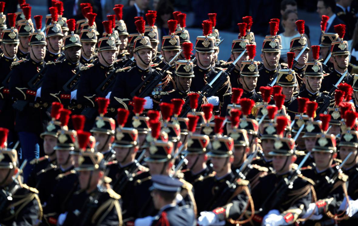 Francie slaví Den Bastily