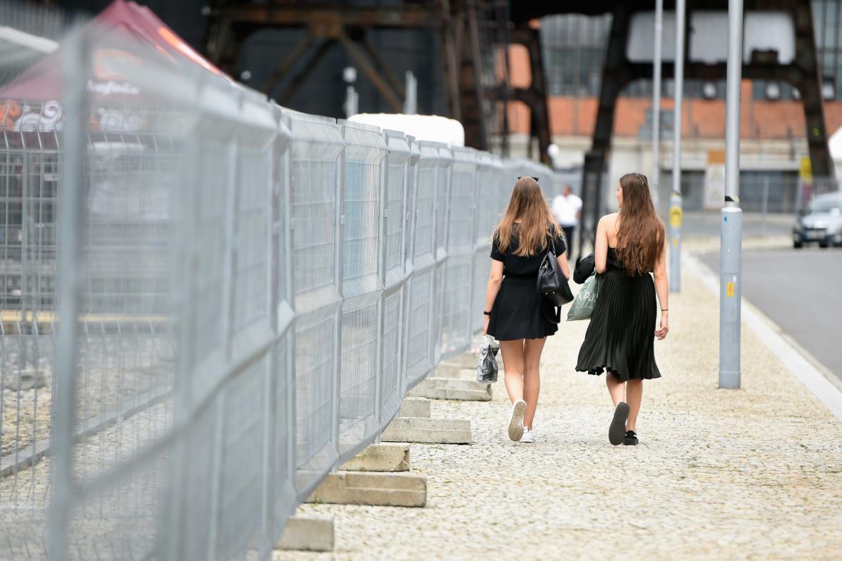 Finišují práce na festivalu Colours of Ostrava