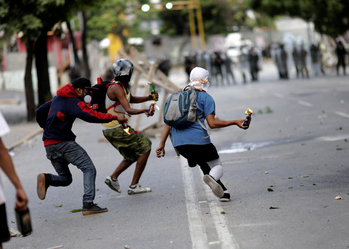 Střety v Caracasu