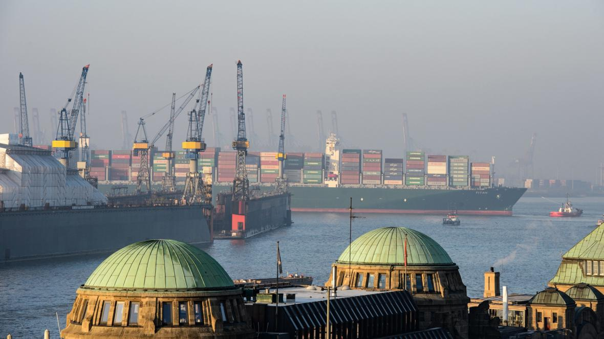 Přístav v německém Hamburku