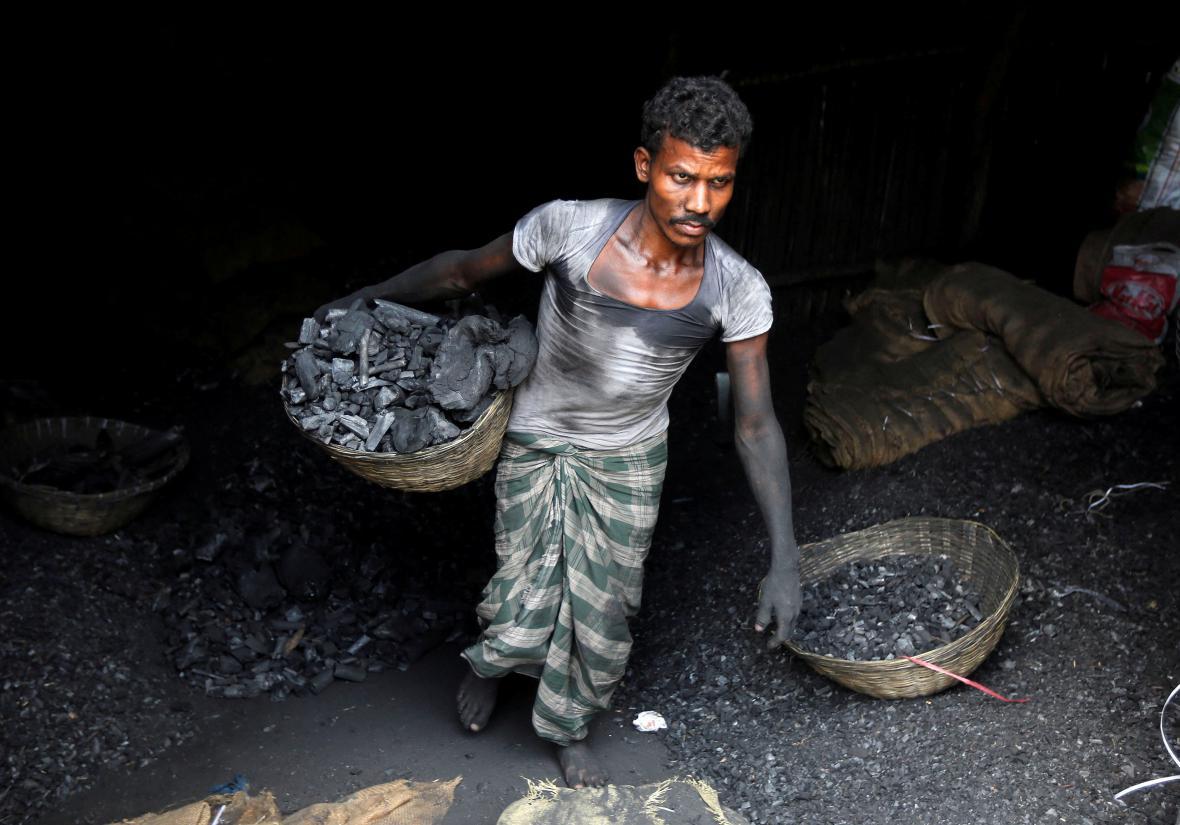 Indie je třetím největším spotřebitelem uhlí na světě. Hned po Číně a Spojených státech
