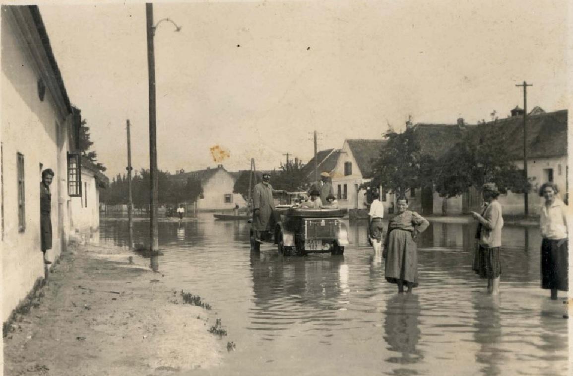 Obec Mušov před zatopením