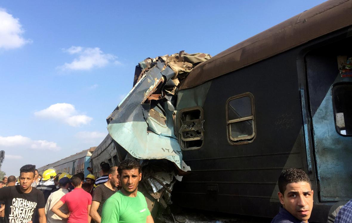 Srážka vlaků v Egyptě