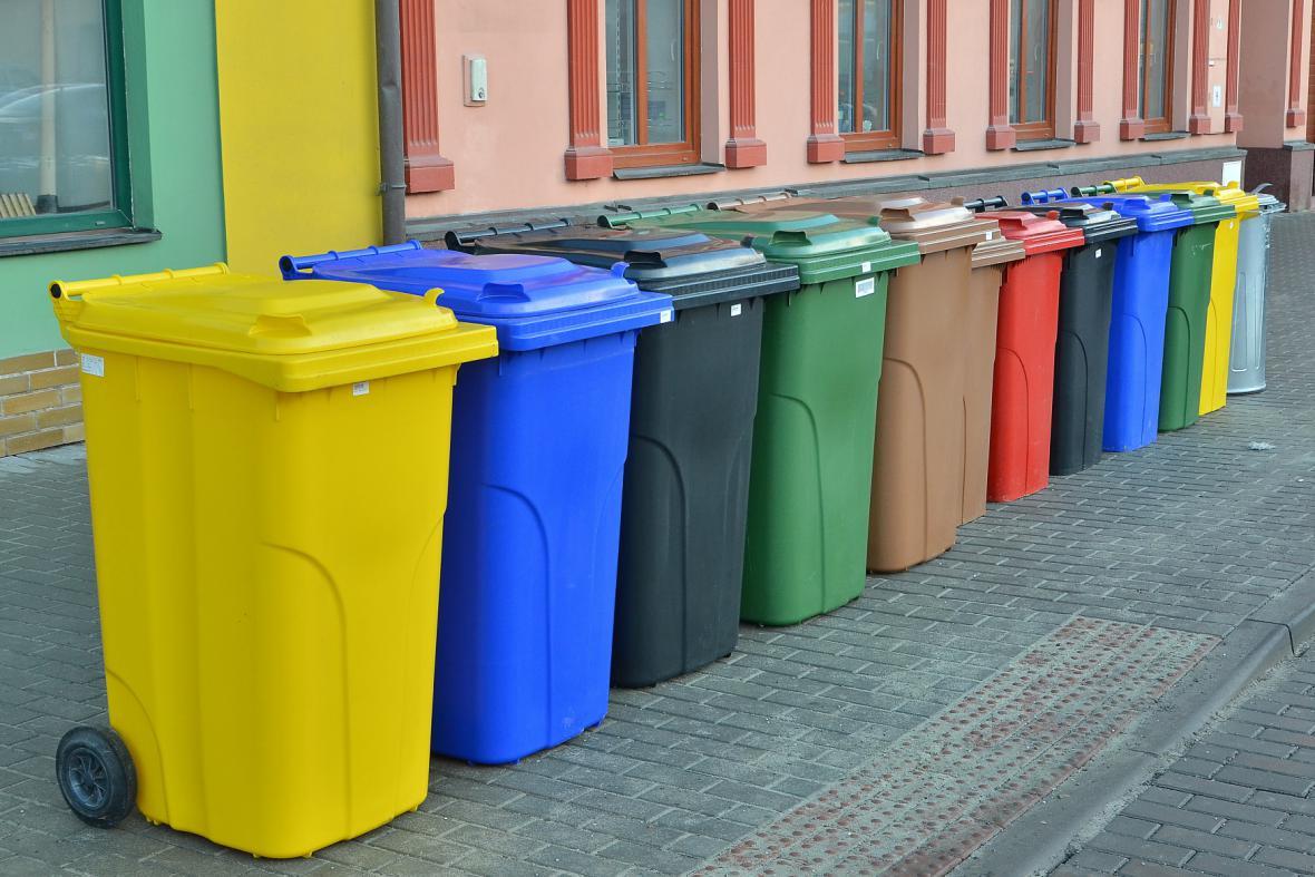 Ilustrační fotografie: Popelnice na tříděný odpad