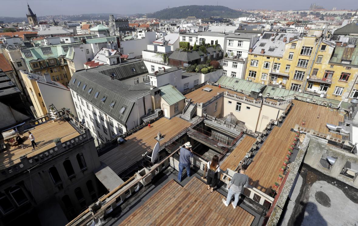Střecha paláce Lucerna