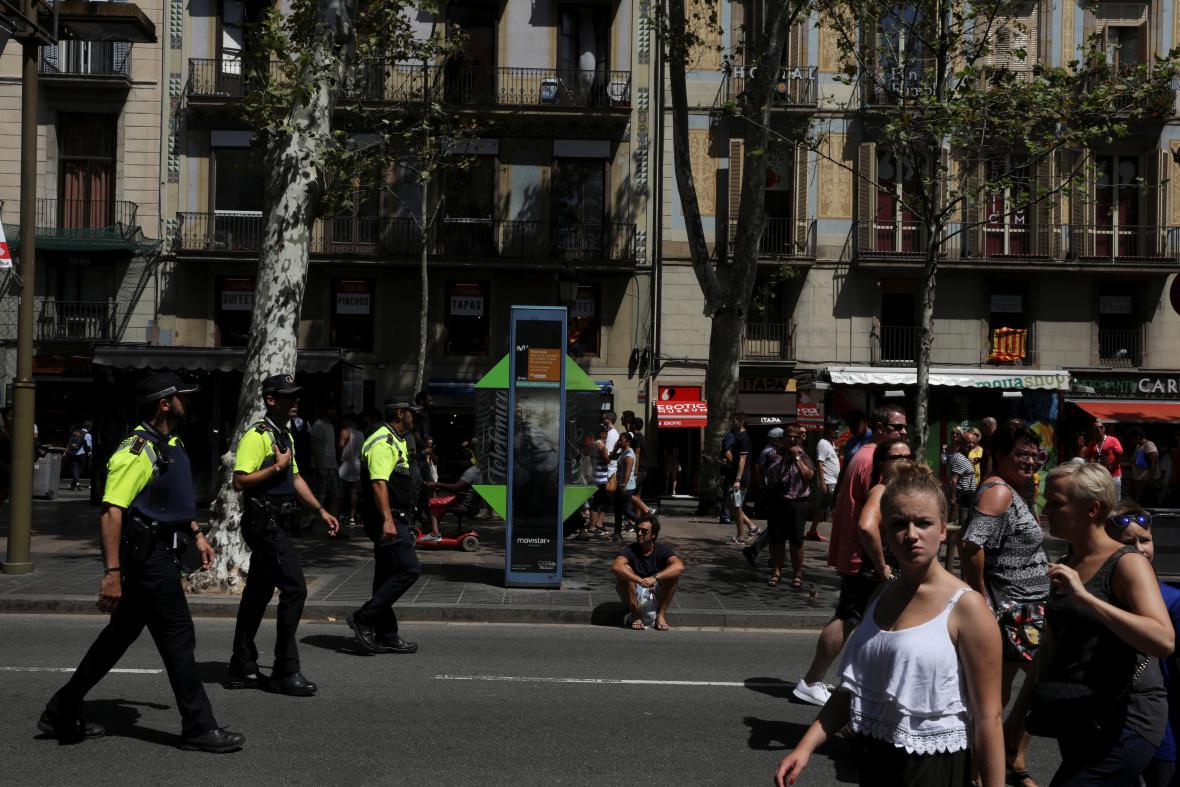 Policejní hlídky na Las Ramblas v Barceloně