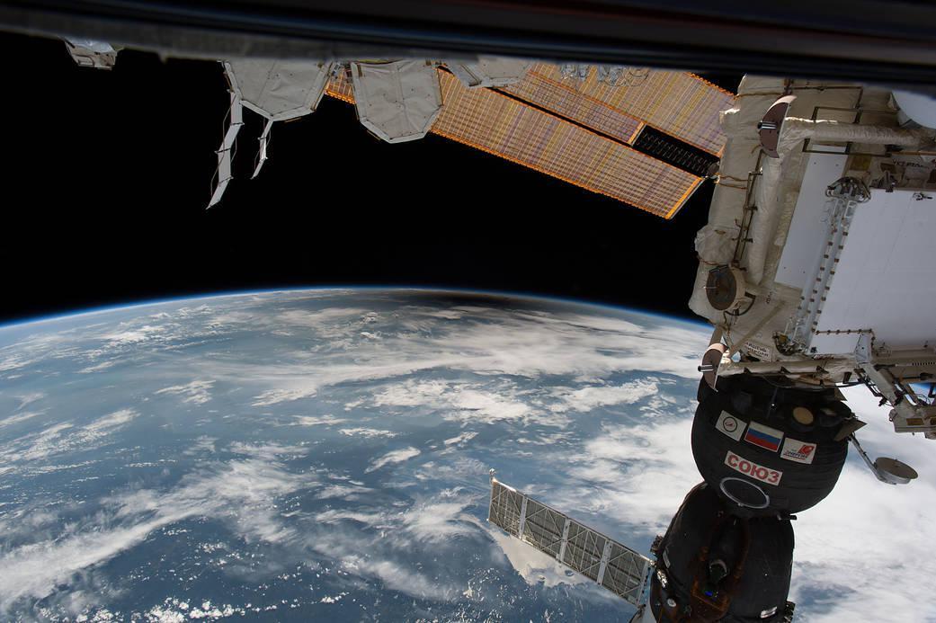 Stín na Zemi při pohledu z ISS