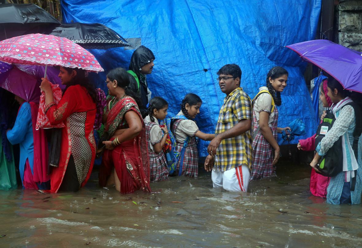Monzunové deště zaplavily Bombaj