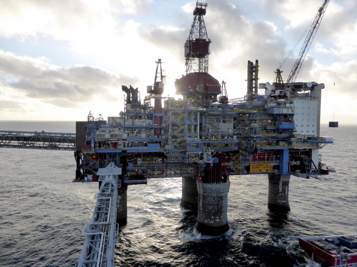 Ropná plošina firmy Statoil u Stavangeru