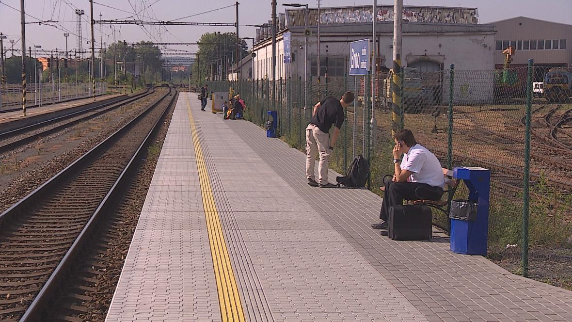Na Dolní nádraží budou jezdit vlaky do neděle