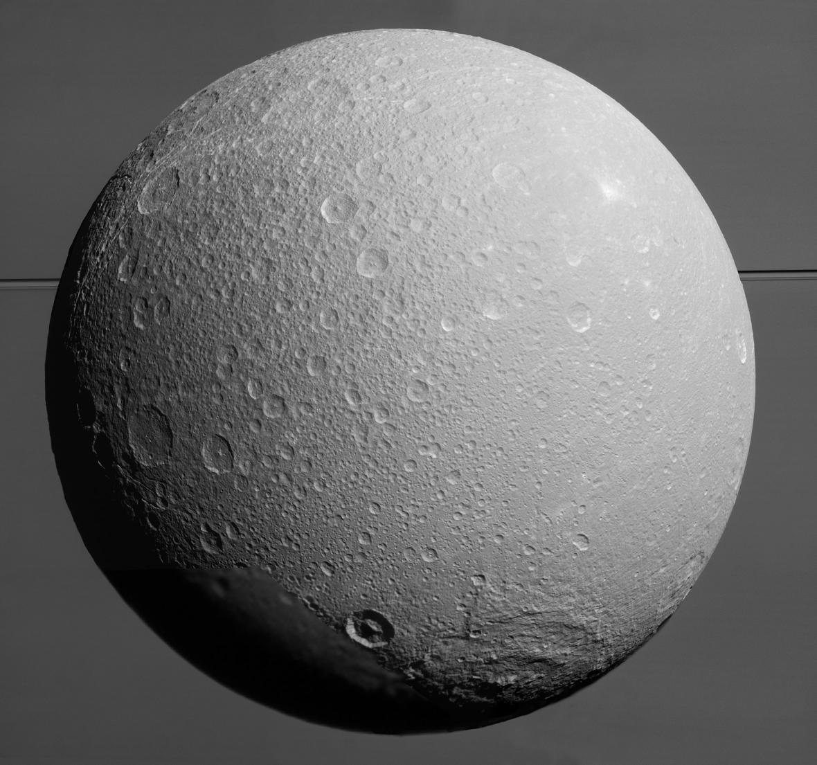 Měsíc Dione
