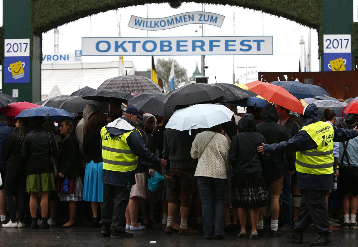 V Mnichově začal letošní Oktoberfest