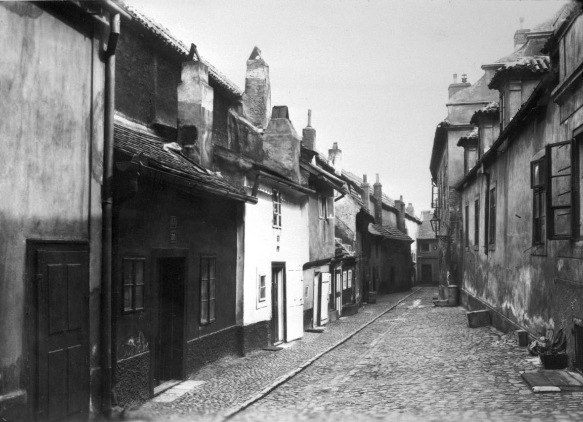 Zlatá ulička v roce 1933