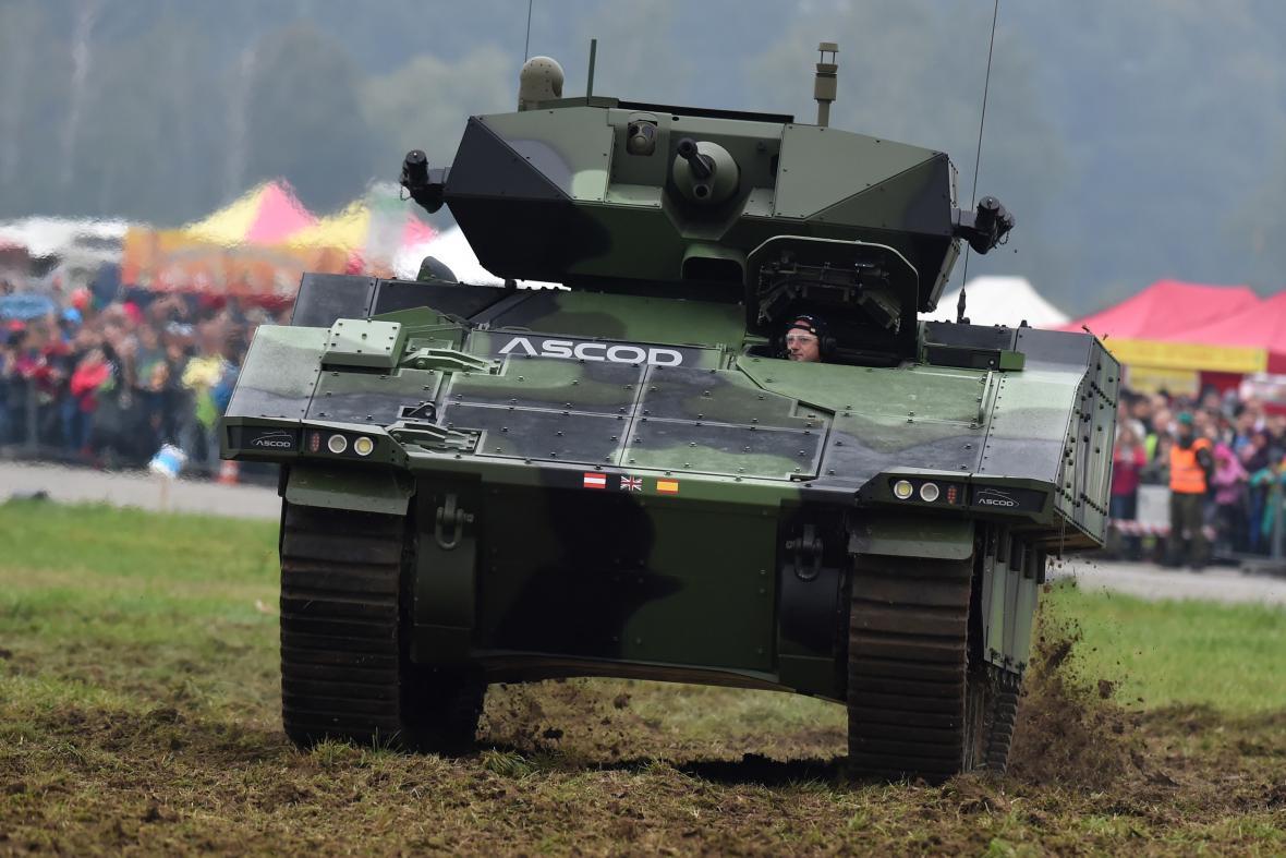 První den Dnů NATO a Dnů Vzdušných sil Armády ČR