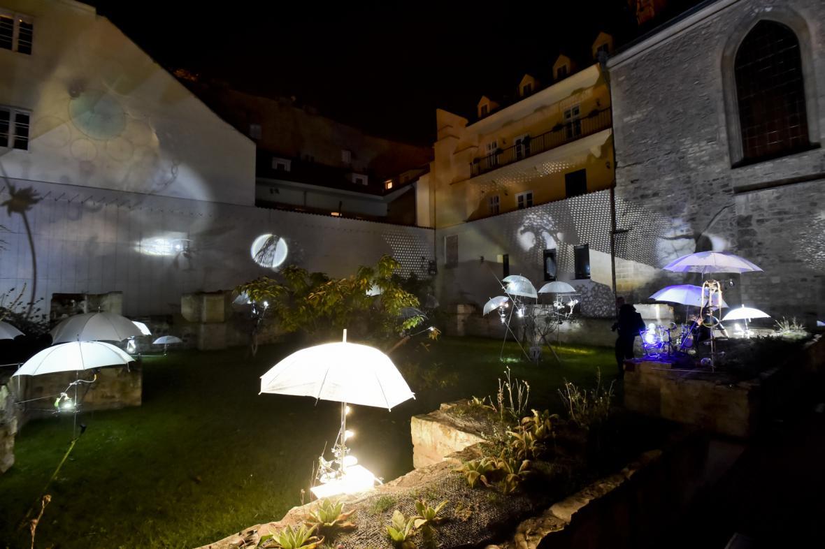 Festival Signal 2017: Octopus Garden (Anežský klášter)