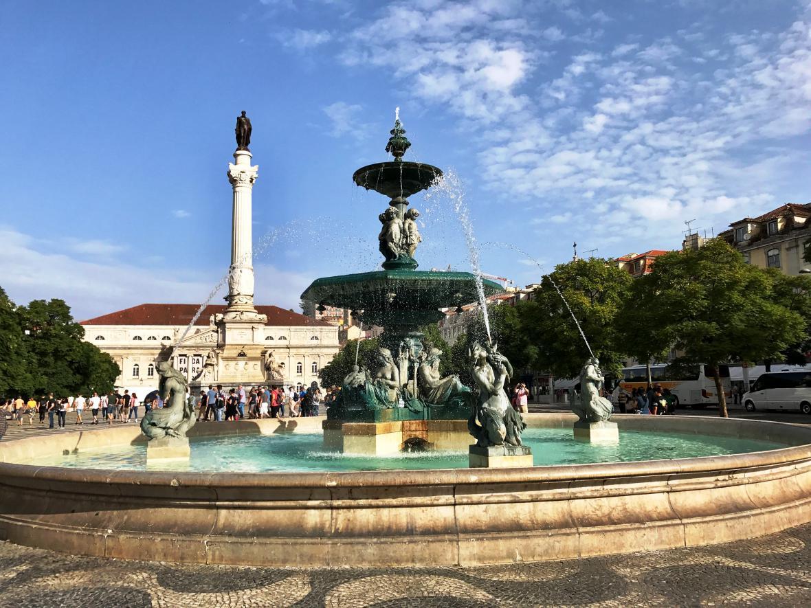 Čtvrť Baixa obnovená Pombalem po katastrofě z roku 1755