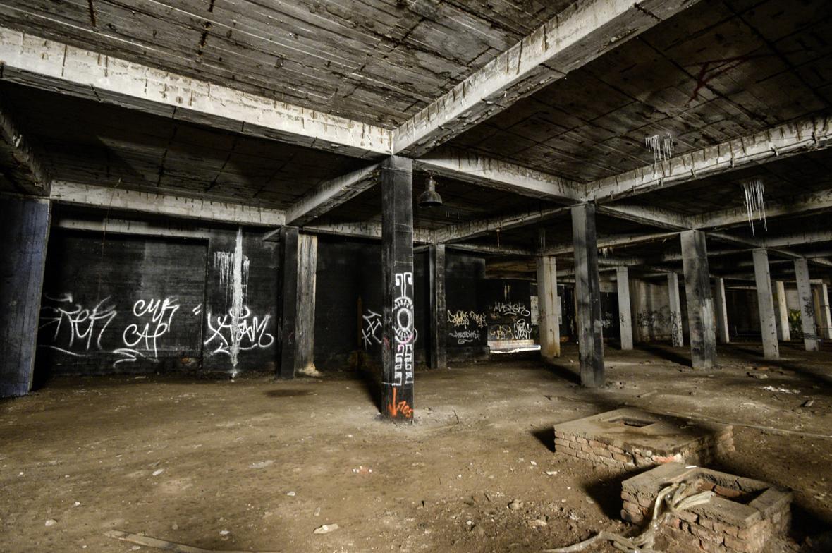 Podzemí pod bývalým Stalinovým pomníkem