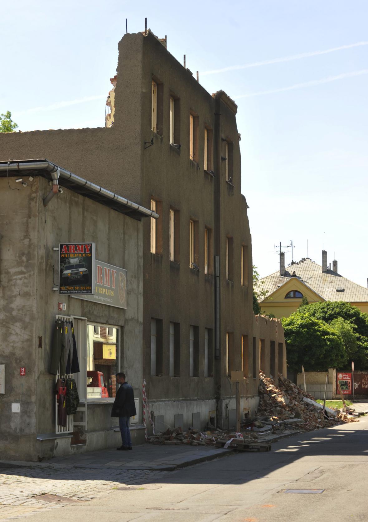 Část Škodovy ulice v Přerově, rok 2012