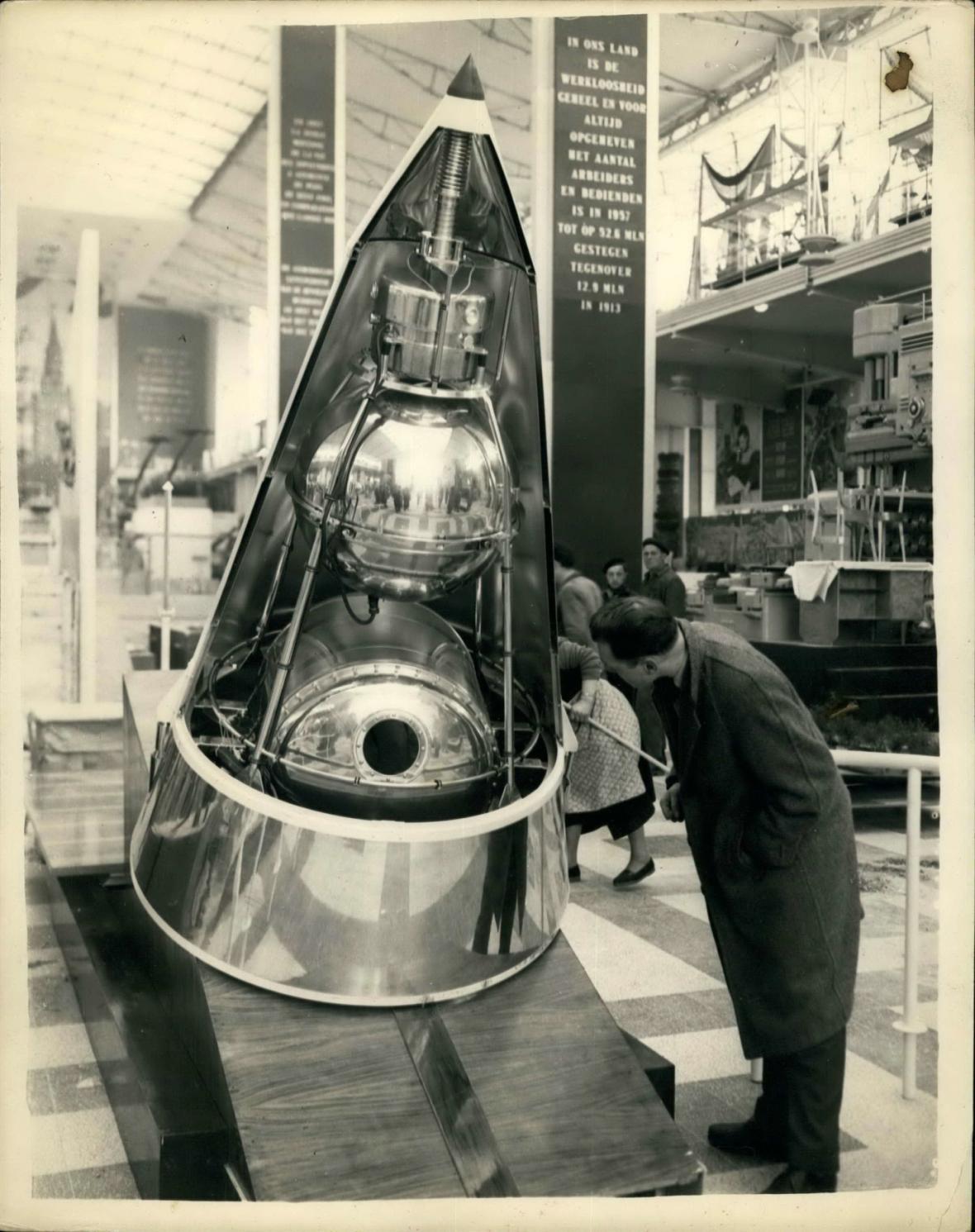 Sovětská vesmírná družice Sputnik 2