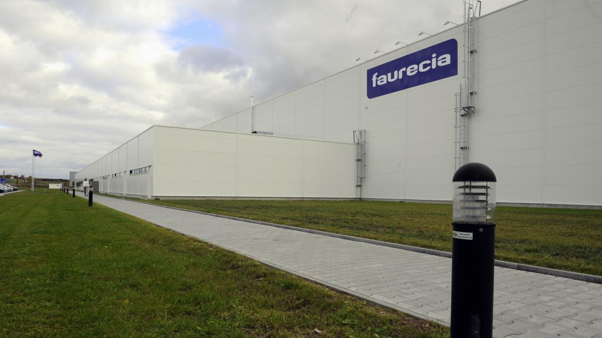 V logistickém parku u Plzně má závod i koncern Faurecia