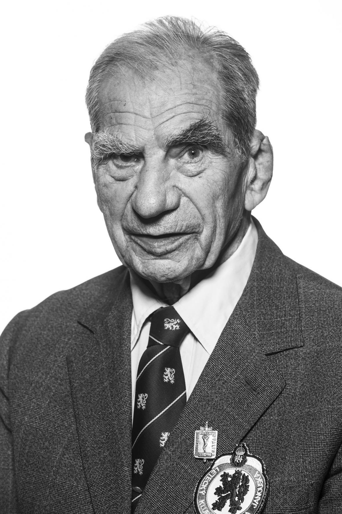 Veterán Viktor Wellemín