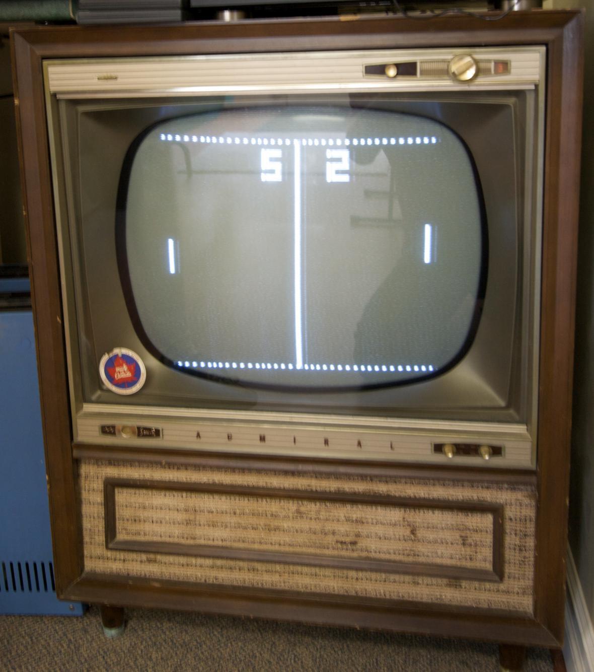 Pong odstartoval p ed 45 lety revoluci ve videohr ch tv rce dostal zad n a to zvl dne i - Ancienne console de jeux ...