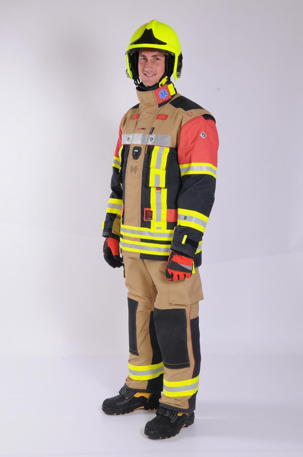 Chytrý hasičský oblek