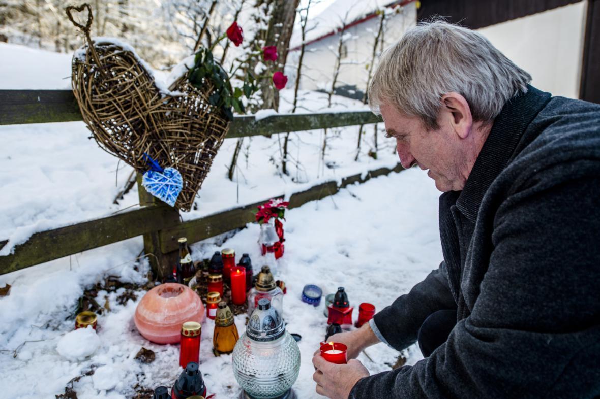 Lidé vzpomínají na Václava Havla na Hrádečku