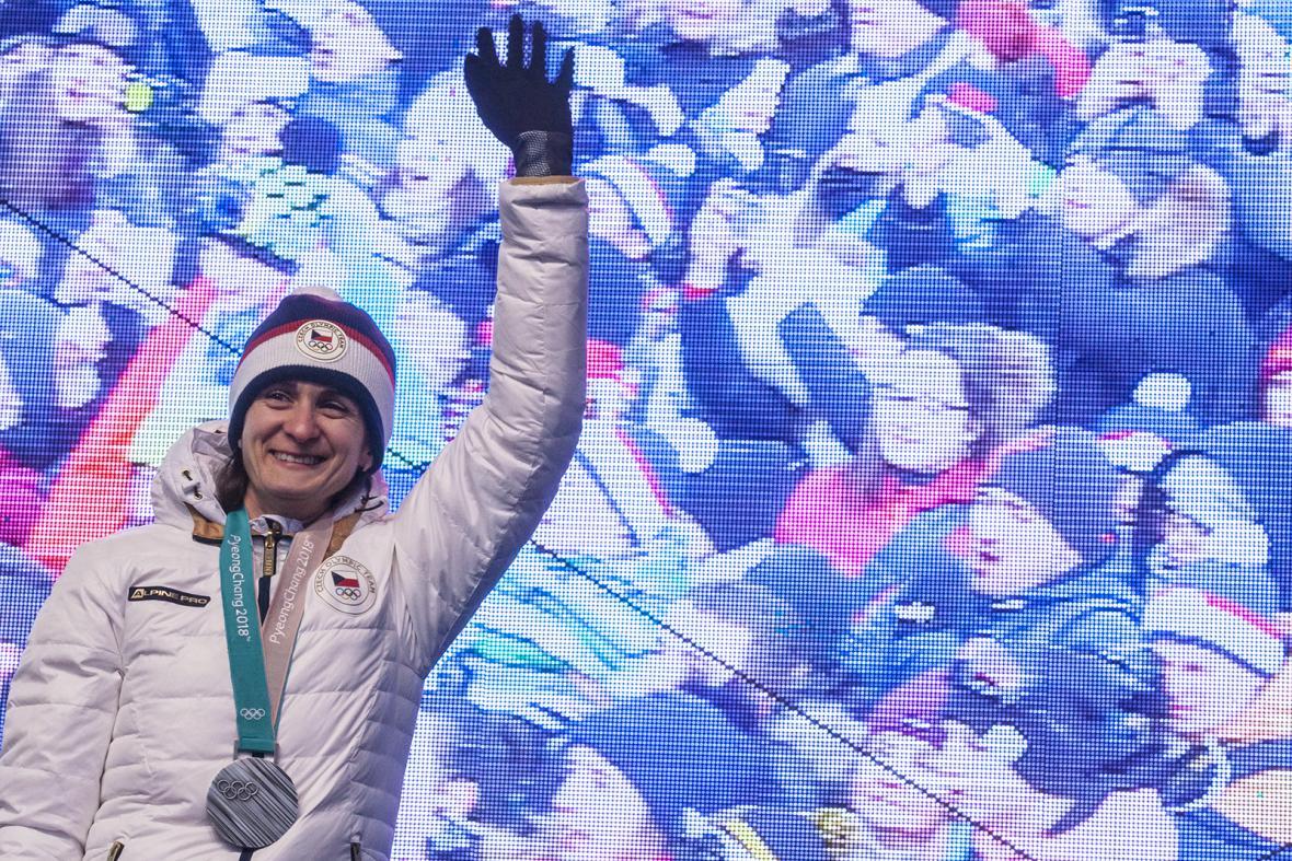 Lidi na Staroměstském náměstí pozdravila i stříbrná Martina Sáblíková
