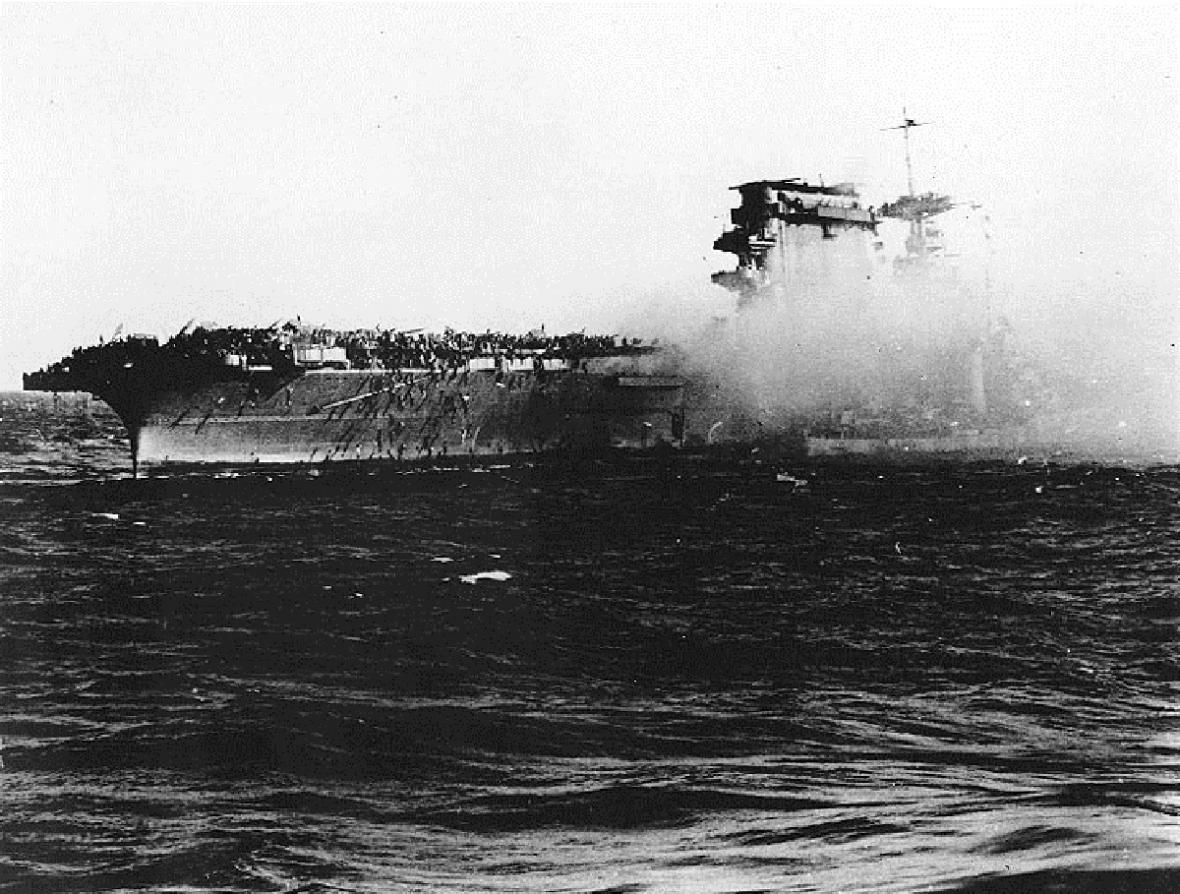 Dobové snímky USS Lexington