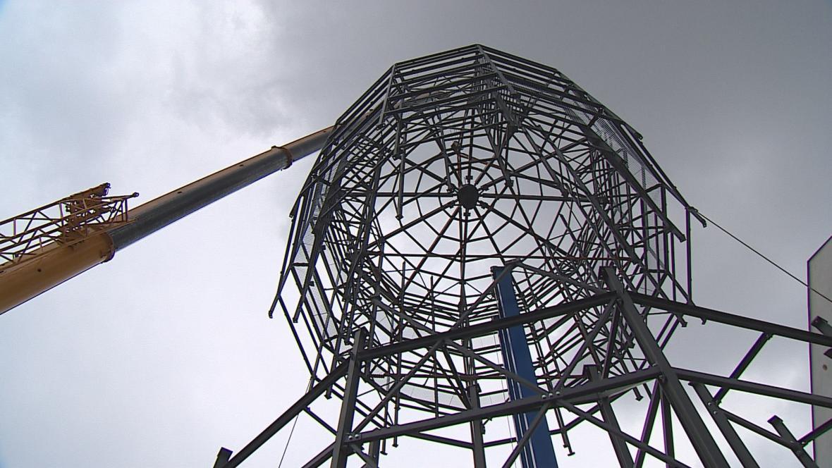 Stavba cyklověže v Břeclavi