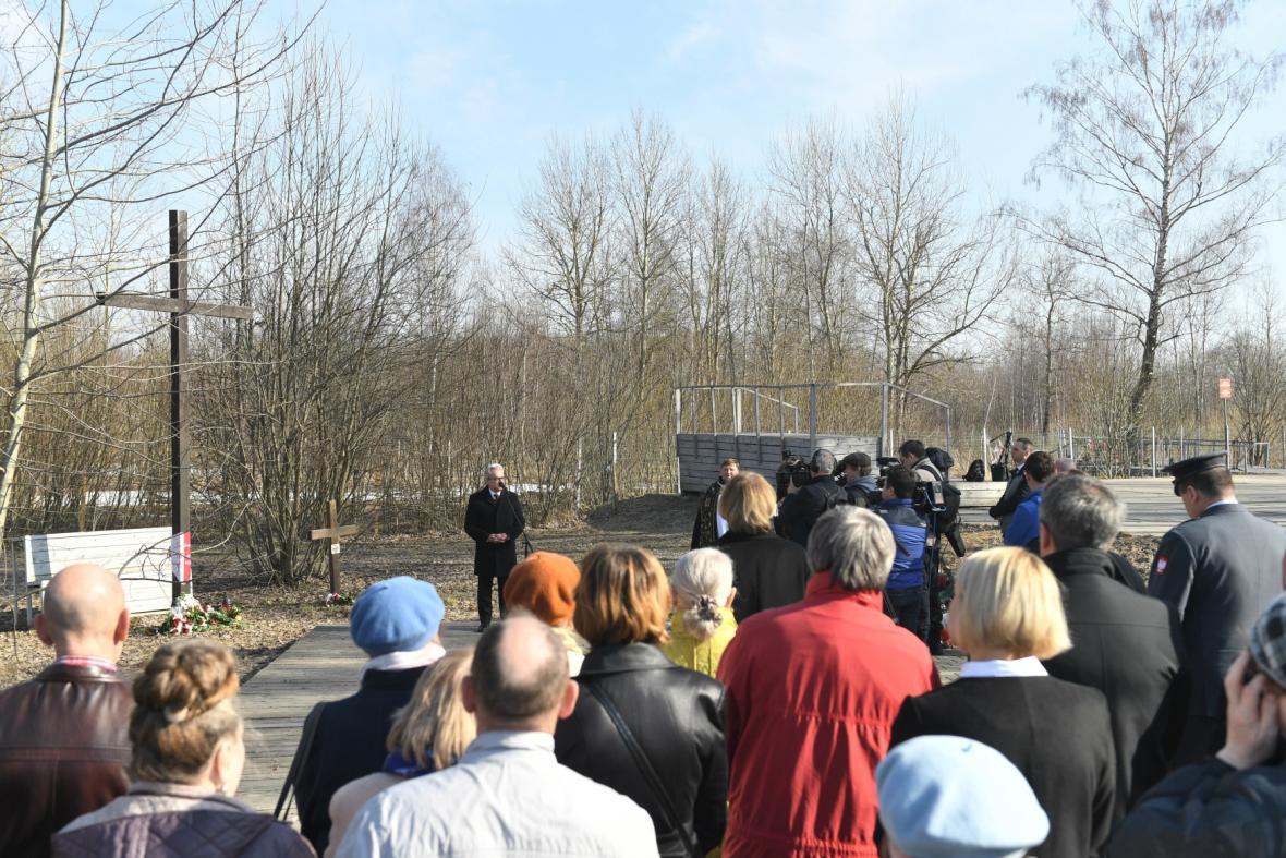 Pieta připomínající nehodu polského prezidentského letadla u Smolenska v roce 2010