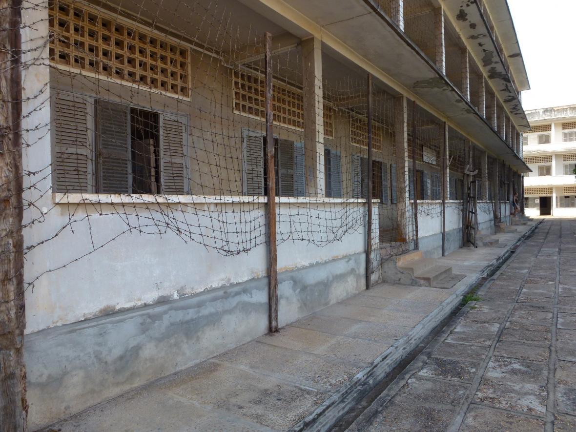 Nechvalně proslulá kambodžská věznice S-21 slouží nyní jako muzeum