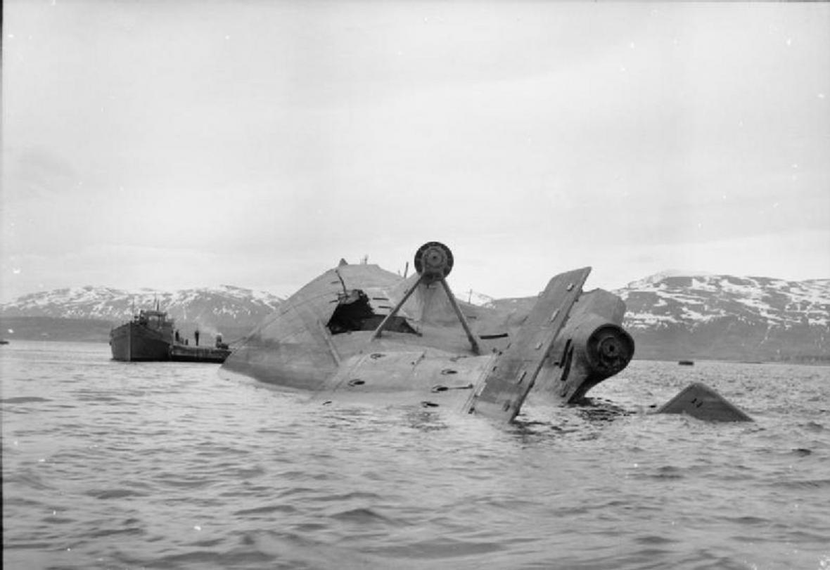 Bitevní loď Tirpitz - potopená