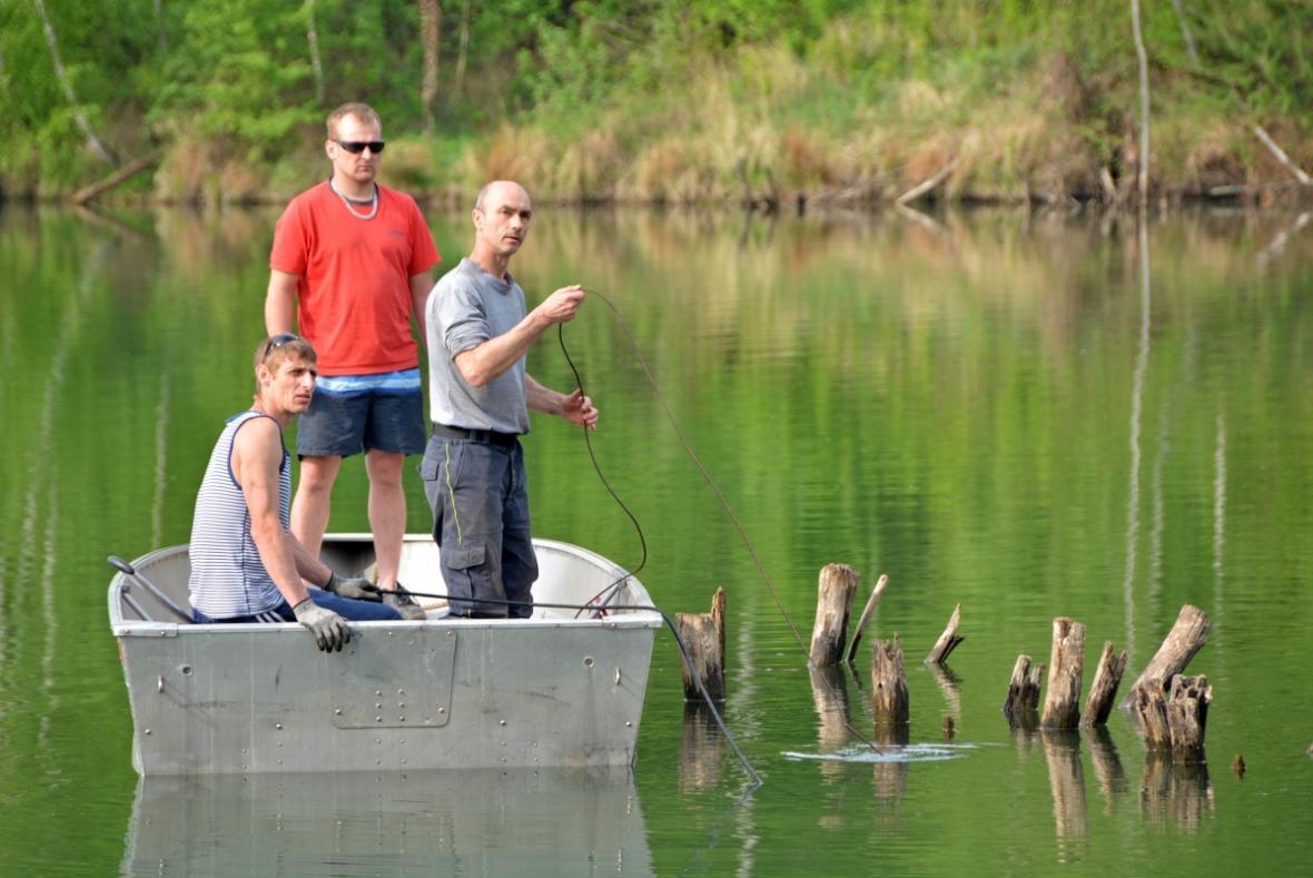 Úpravy u Kališova jezera