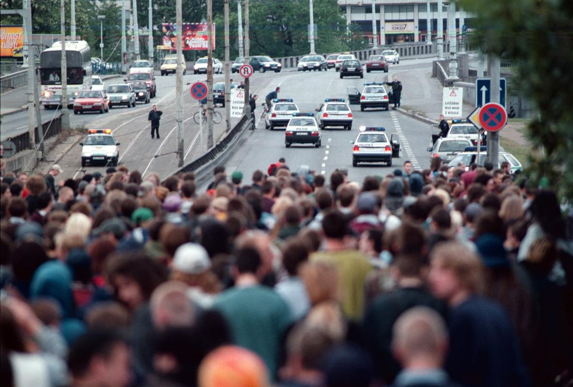Global Street Party 1998