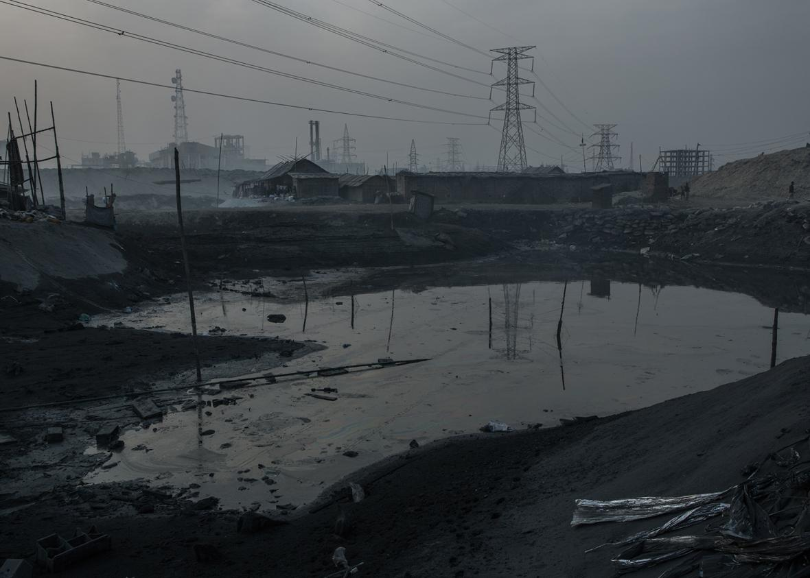 Černé slzy v Dháce