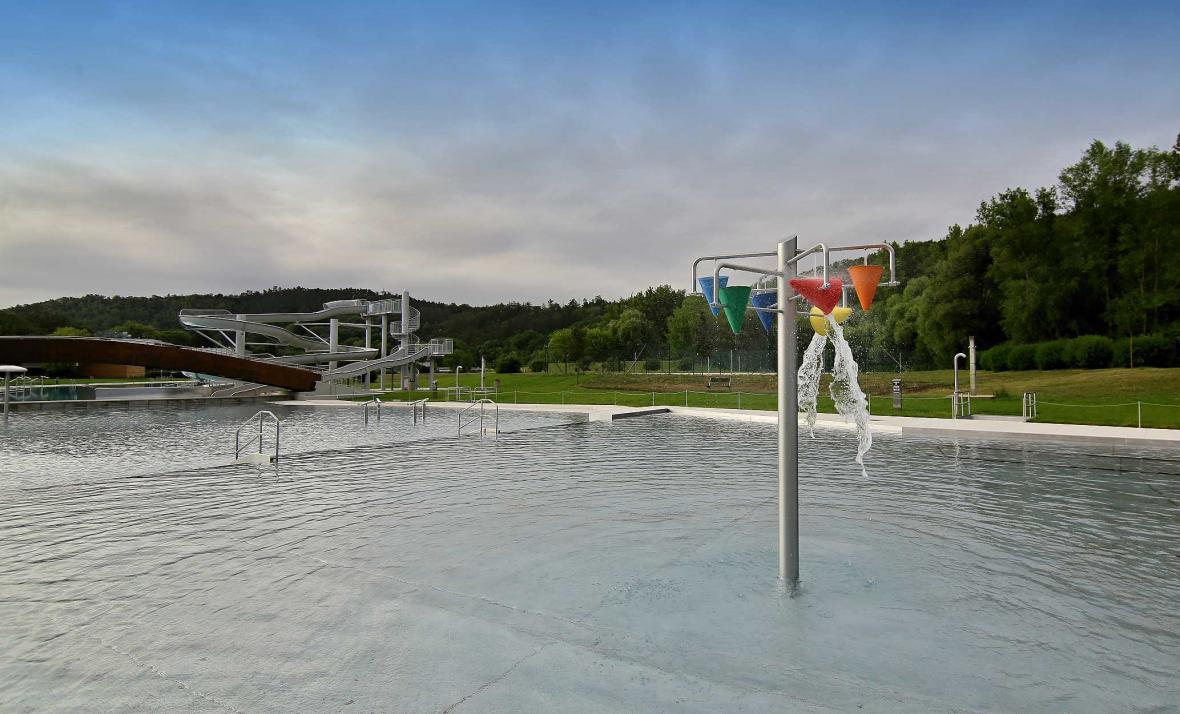 Koupaliště Riviéra v Brně