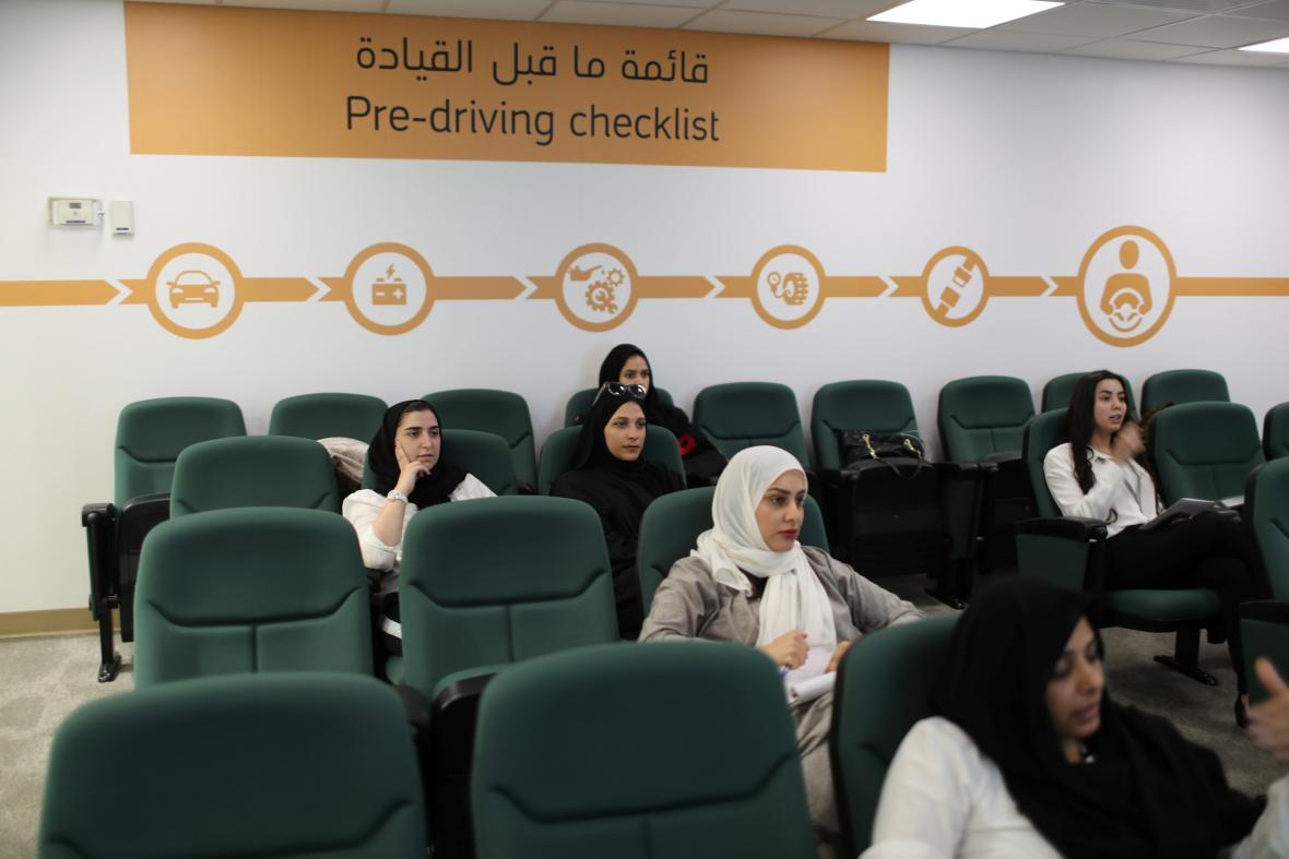 Ženy v Saúdské Arábii se připravují na řízení