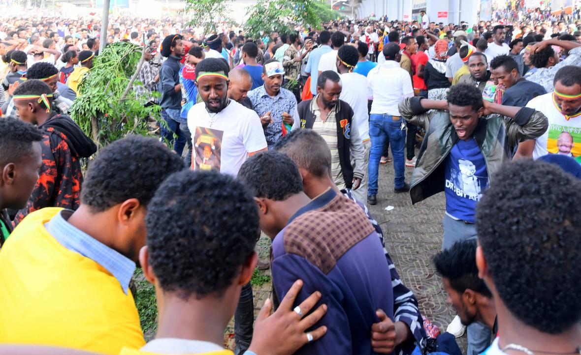 Vystoupení etiopského premiéra přerušila exploze granátu