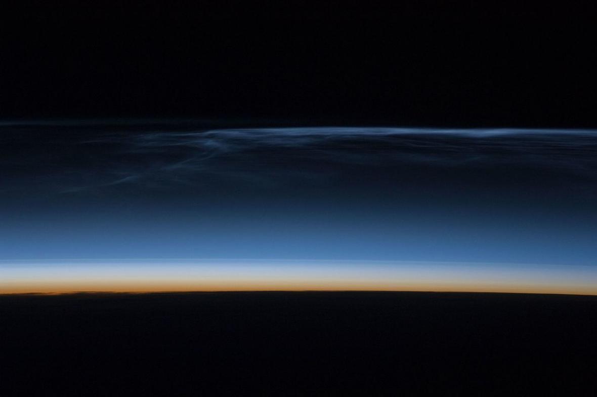 Svítící oblaka