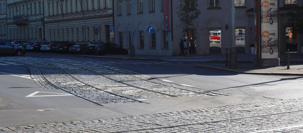 Koleje v Opletalově ulici