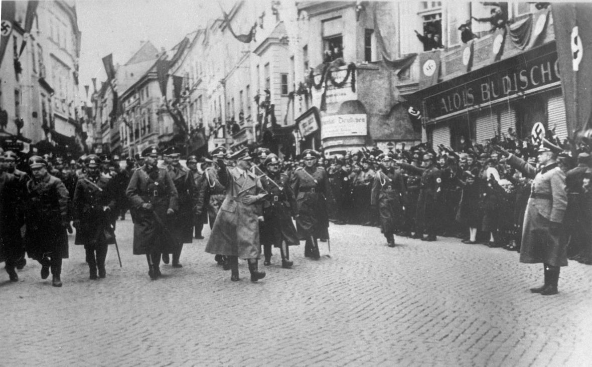Odchod Čechoslováků ze Sudet před 80 lety