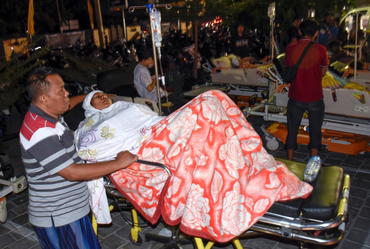 Následky zemětřesení v Indonésii
