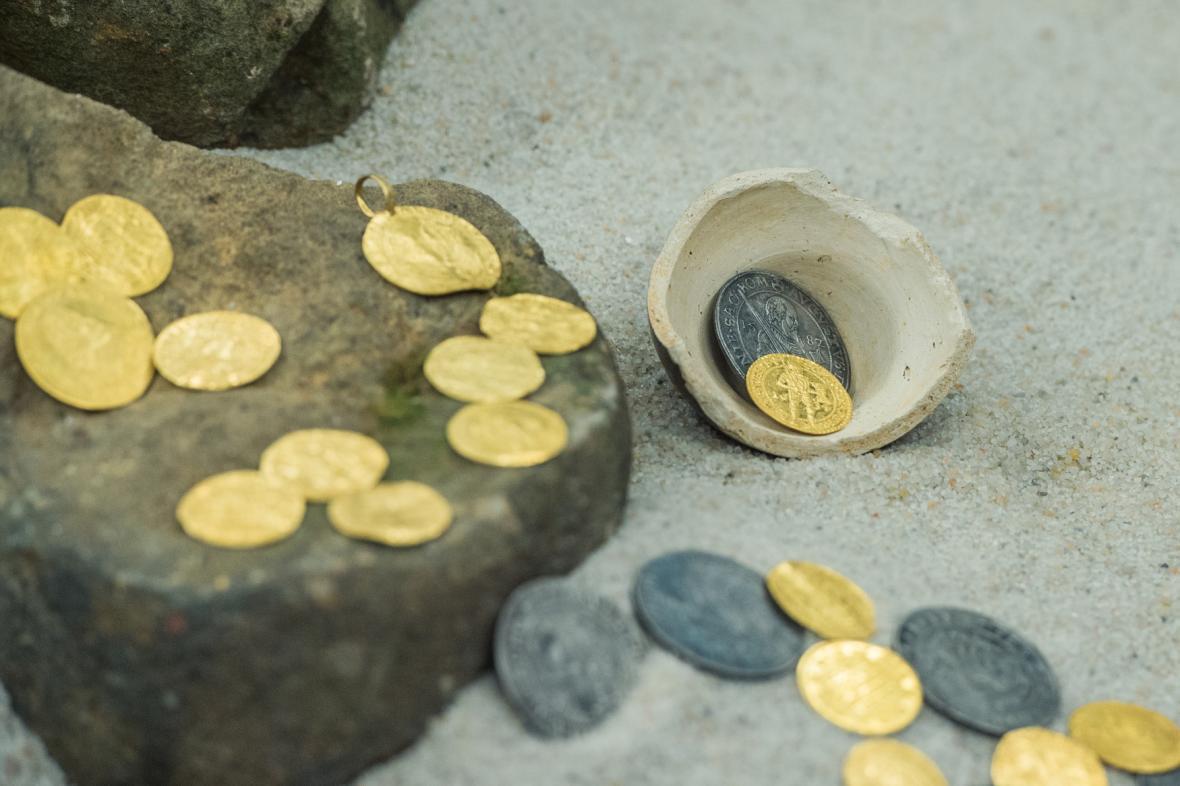 Návštěvníci si ho mohou poklad prohlédnout od 26. srpna