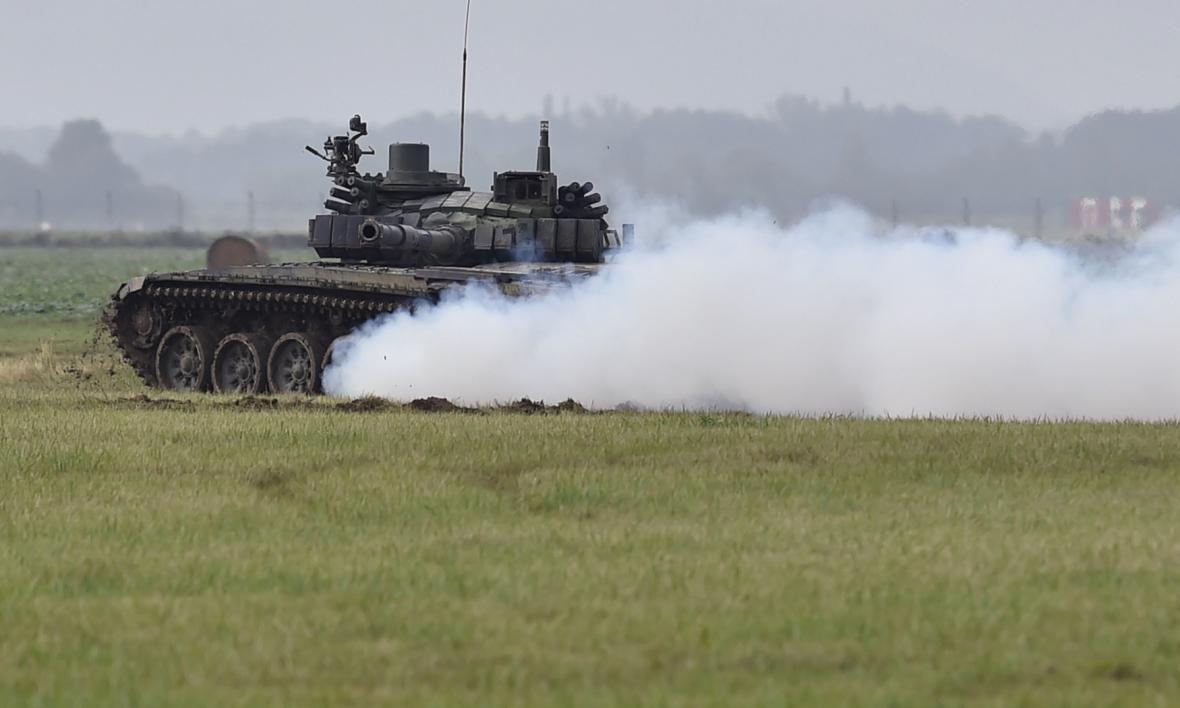 Ukázka jízdních vlastností tanku T-72M4 CZ.