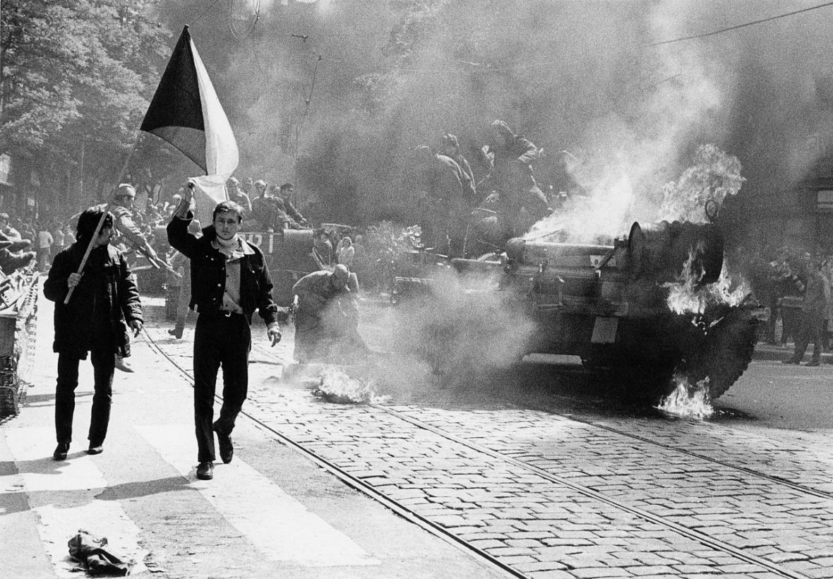 Z výstavy Osudové chvíle Československa - Obrazový příběh století